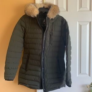 Moose knuckles down jacket Women size M